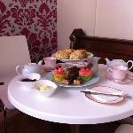 Millie and Me's fantastic cream tea's!