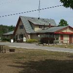 Main office with attached Bado's Pizza KOA