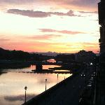 sunset on the Arno from Vespucci