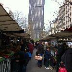 Utendørsmarket - rett i nærheten av hotellet og Tour Montparnasse