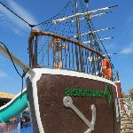 The amazing pirate ship