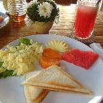 INATA Breakfast: Banana Jaffles w/Watermelon Juice