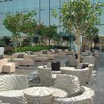Lounge en los jardines del hotel