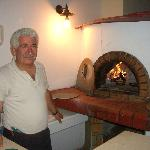 The boss at his oven !