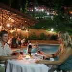 Poolside Casual Dining at Bistro
