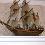 Ship on one Mantle