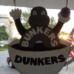 Bunkers Dunkers Bakery