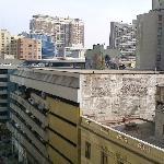 Vue de notre balcon sur la rue principale