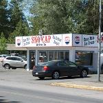 Sno Cap Drive In