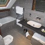 Idris Bathroom