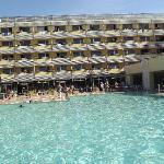 piscina e balconi camere da letto