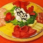 tablas de quesos y carnes frias italianas