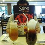The sweet iced tea (left) and sago't gulaman drinks (right)