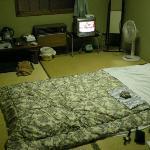 昭和の薫りがする部屋。バス・トイレなし。