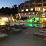 hotel at nite