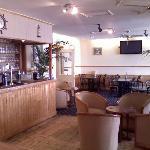 Bar and breakfast room