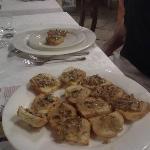 crostini con funghi porcini