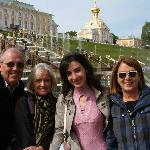 Peterhof with Marianna (2nd from right)