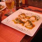 Montaditos de batata y bacalao