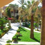 Ideal Beach Hotel resmi