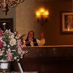 Lobby mit freundlicher Desk-Dame