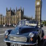 Vist London in style in our convertibe Morris Minor Convertibles