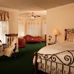 Gazebo Suite Bedroom & Turret Room