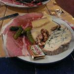 Fromage and Charcuterie, La Cave des Abbesses