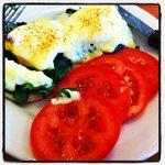Eggs Florentine ... fresh tomato