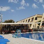 pool bar/cafe