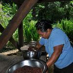 Bolivia grinding chocolate