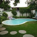2 BR pool