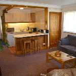 Coed y Bryn self catering Studio apartment lounge