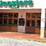 Coasters Pub & Biergarten