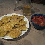 The Endresult of my Cooking class, Patacones