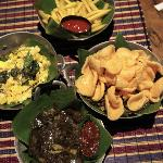 the variation menu always serve in banana leaf