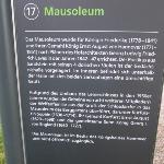 Hinweistafel Mausoleum