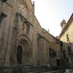 Las Catedrales, Fachada Románica