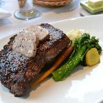 Black Pepper Crusted Angus Tenderloin Steak