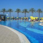 Alexandra Beach Resort-billede