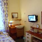 Room 4 Standard Single