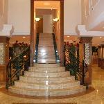 Treppenaufgang zu den Zimmern