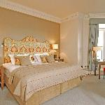 Feature Deluxe Sea View Rooms