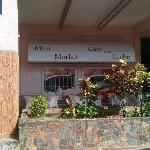 Minimarket Cafe con leche, C.A
