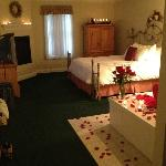 Rose petal package offered by the Inn