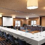 We offer many different meeting setups