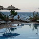 Pool with view to Saudi coast