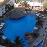 Club Playa Castilla - swim up bar with adjoining restaurant