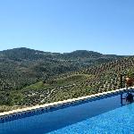 zonnig terras met weids uitzicht