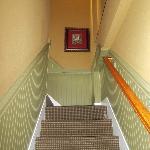 Internal suite steps between living and sleeping areas